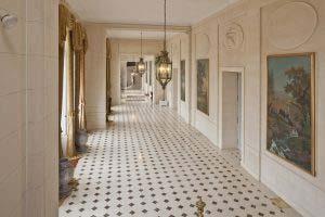 Grand vestibule et galerie